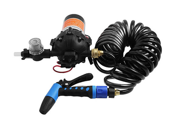 VEVOR Washdown Pump Kit 12V 5.5GBM Automatic Water Pressure Pump 70PSI Self-priming Diaphragm Pump for Marine Boat RV Caravan