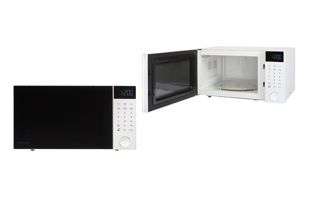 Danby 1.2 cu.ft. Nouveau Wave Microwave Oven, 1200 Watts, Brushed Silver
