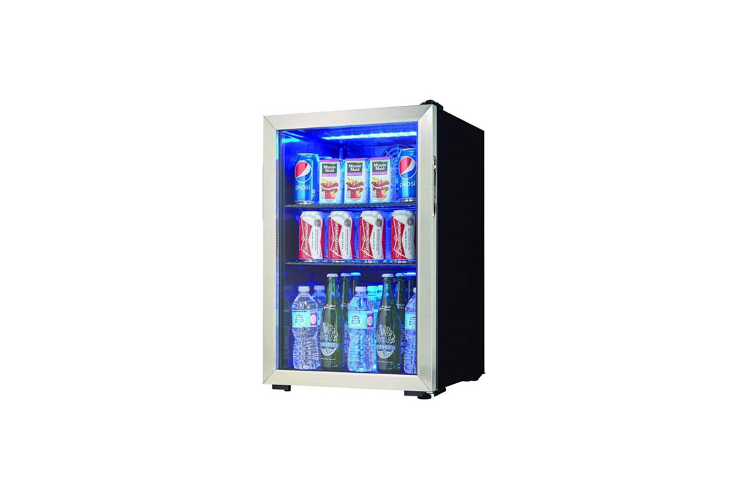 Danby 95 Can 2.6 Cu. Ft. Beverage Center Soda & Beer Mini Fridge Refrigerator